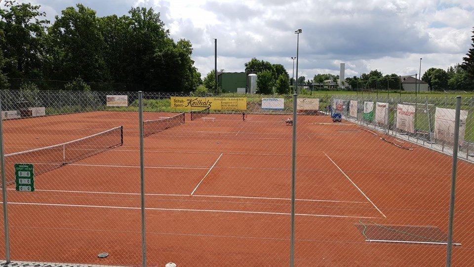 Sportanlage - TC Hollfeld 97 - geomix Vereinshomepage